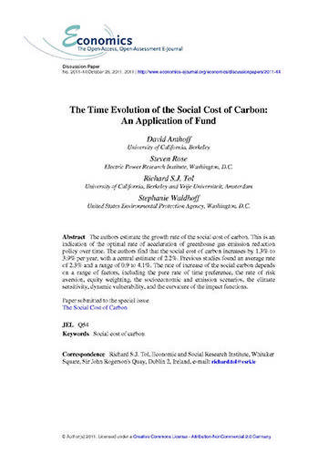 The time evolution of the social cost of carbon: an application of fund